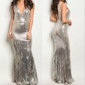 Dresses & Skirts - SILVER SEQUIN DRESS